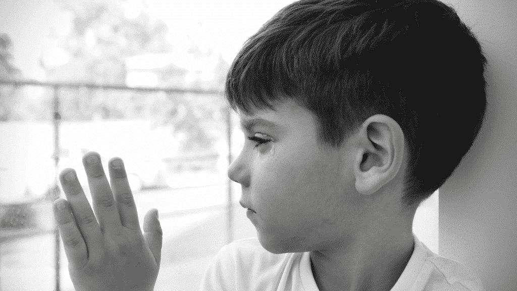 ¿Cómo enfrentan los niños la pérdida de un ser querido?